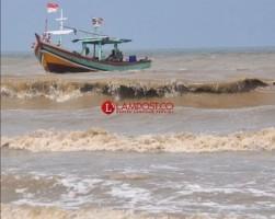 BMKG Geofisika Pasang Pendeteksi Tsunami di Kalianda dan Kotaagung