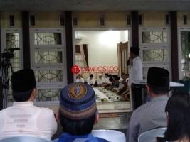 Keharmonisan Buka Bersama PWNU Lampung di Kediaman Moh Mukri