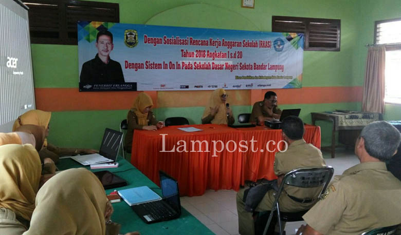 LAMPUNG POST | Disdik Kota Sosialisasikan RKAS 2018