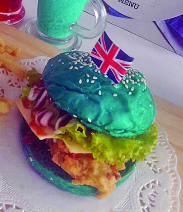 LAMPUNG POST | Si Biru Tammy Burger