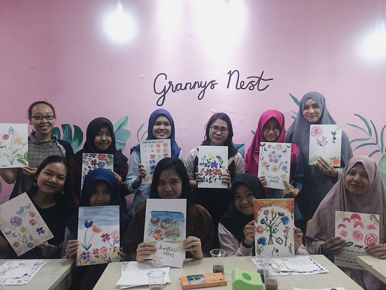 LAMPUNG POST | Yaya Art and Craft Gelar Workshop Watercoloring