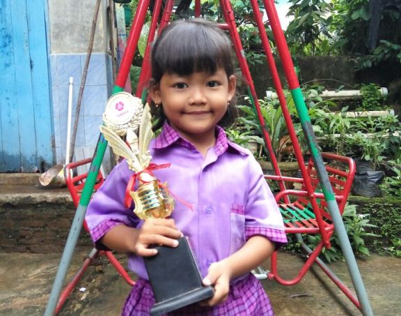 LAMPUNG POST | Angelina Fortunela: Juara Model Cilik