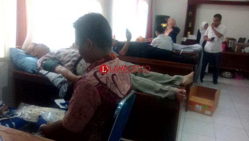 HUT Ke-44, Lampung Post Gelar Donor Darah